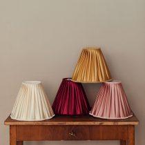 lampskarm rosa vit vinrod guld senap