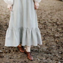 gron kjol med volanger